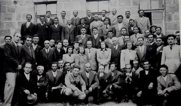 Cumhuriyetin izleri tarihi okulun arşivinde çıktı 11