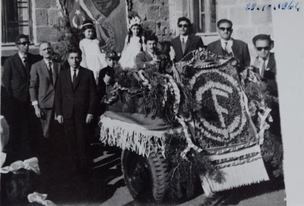 Cumhuriyetin izleri tarihi okulun arşivinde çıktı 6