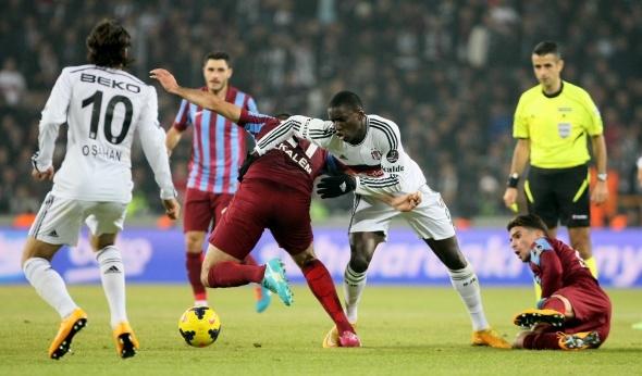 Torku Arena'da Tarihi Beşiktaş Trabzonspor Maçı 17