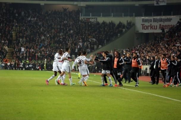 Torku Arena'da Tarihi Beşiktaş Trabzonspor Maçı 24