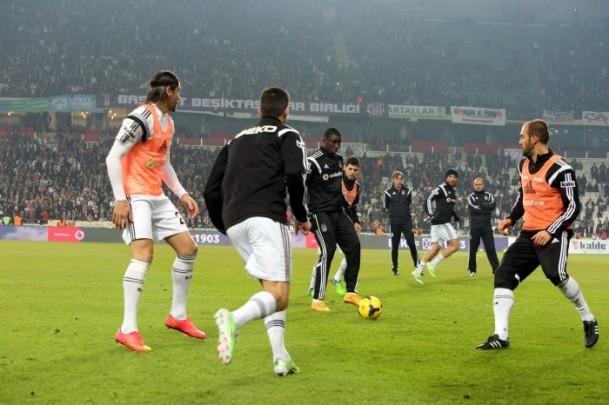 Torku Arena'da Tarihi Beşiktaş Trabzonspor Maçı 31