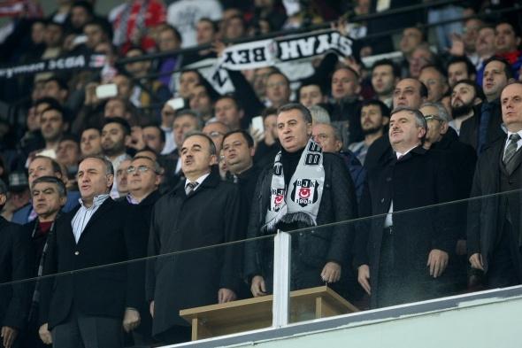 Torku Arena'da Tarihi Beşiktaş Trabzonspor Maçı 36