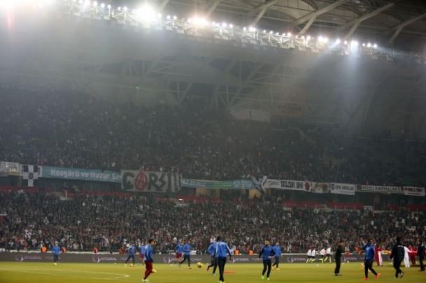 Torku Arena'da Tarihi Beşiktaş Trabzonspor Maçı 4