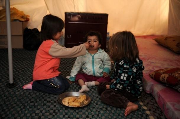 Suriyeli çocukların soğukla savaşı 16