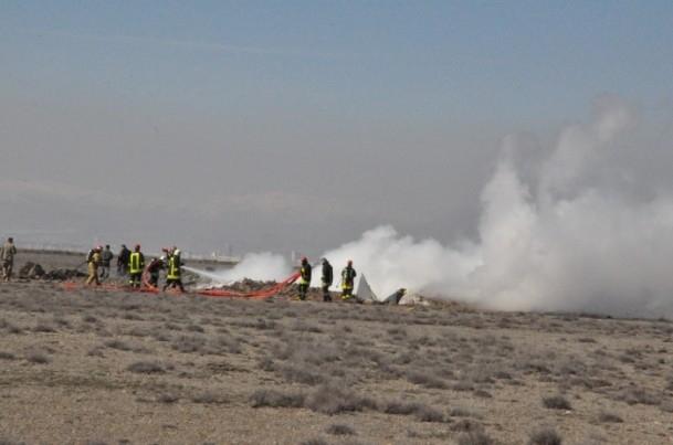 Konya'da askeri uçak düştü! 6