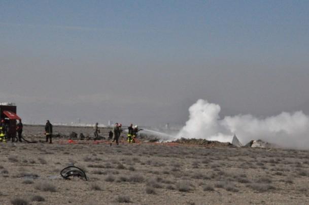 Konya'da askeri uçak düştü! 8