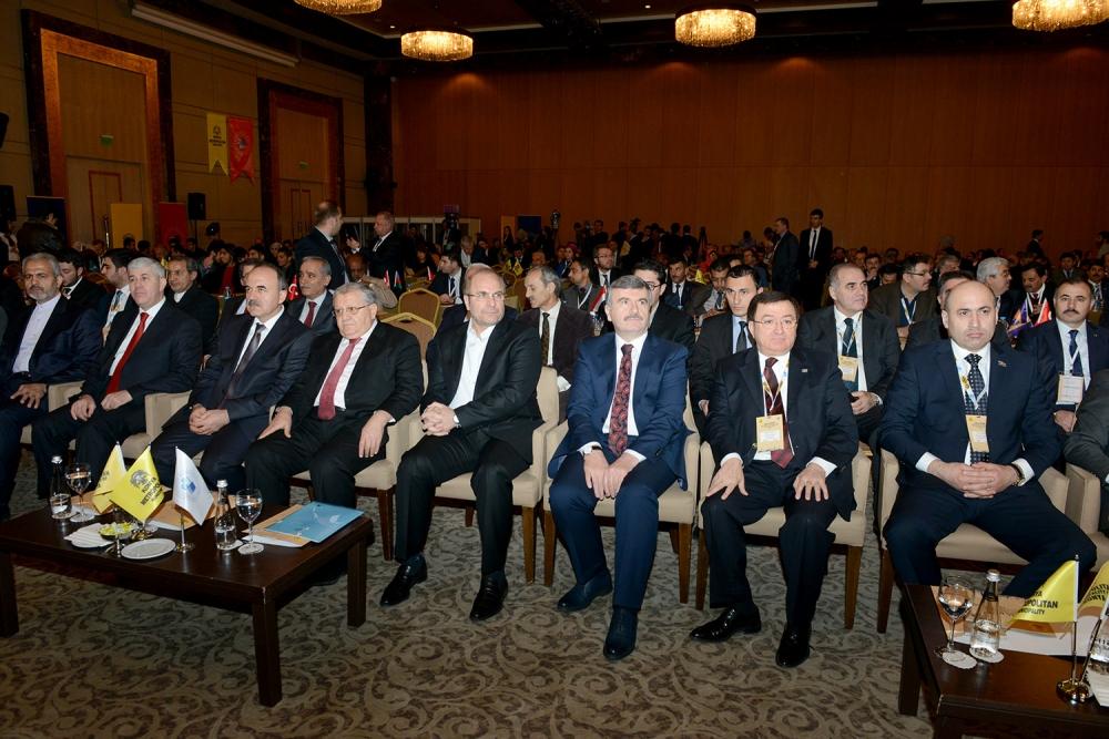 Dünya belediyeleri Konya'da buluştu... 2