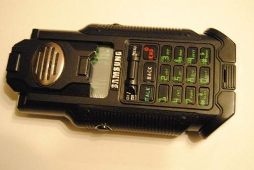 Tüm zamanların en kötü tasarıma sahip 10 telefonu 9
