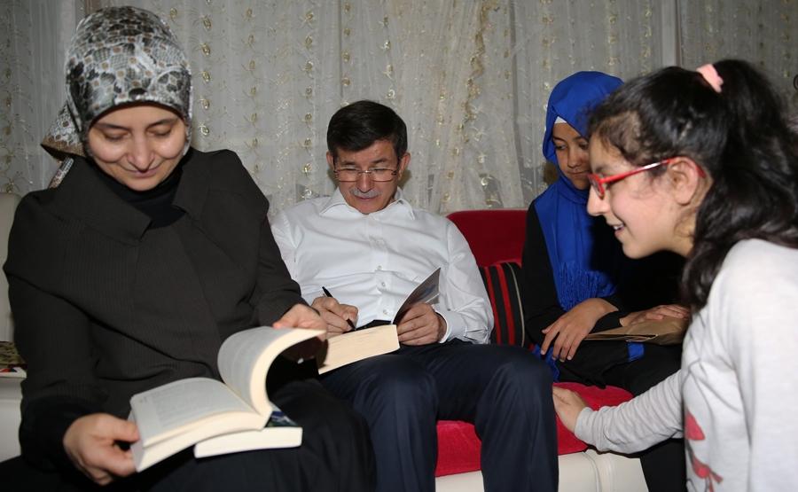 Başbakan Davutoğlu'dan sürpriz ziyaret 7