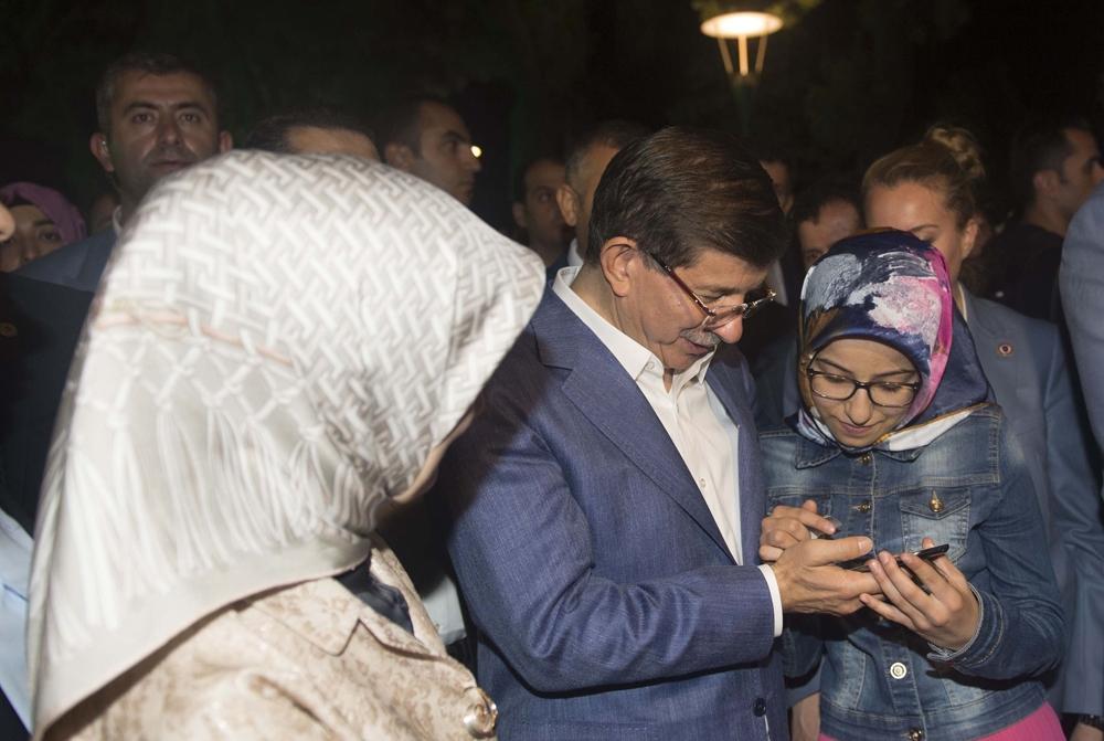 Başbakan Davutoğlu Konya Zafer'de yürüyüşe çıktı 1