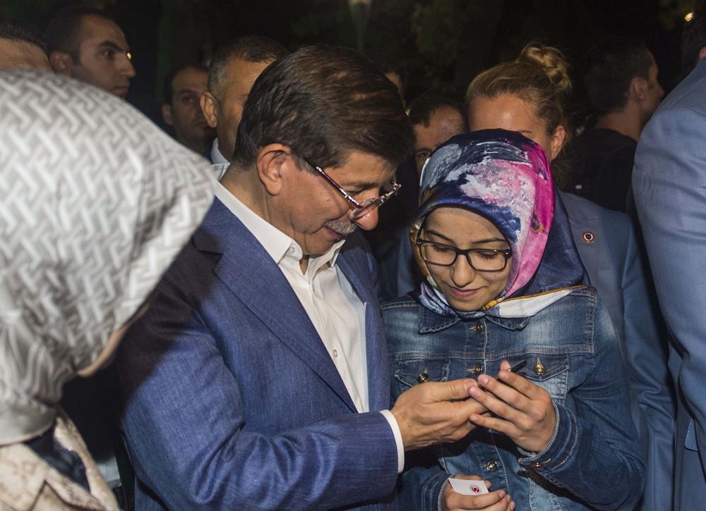 Başbakan Davutoğlu Konya Zafer'de yürüyüşe çıktı 5
