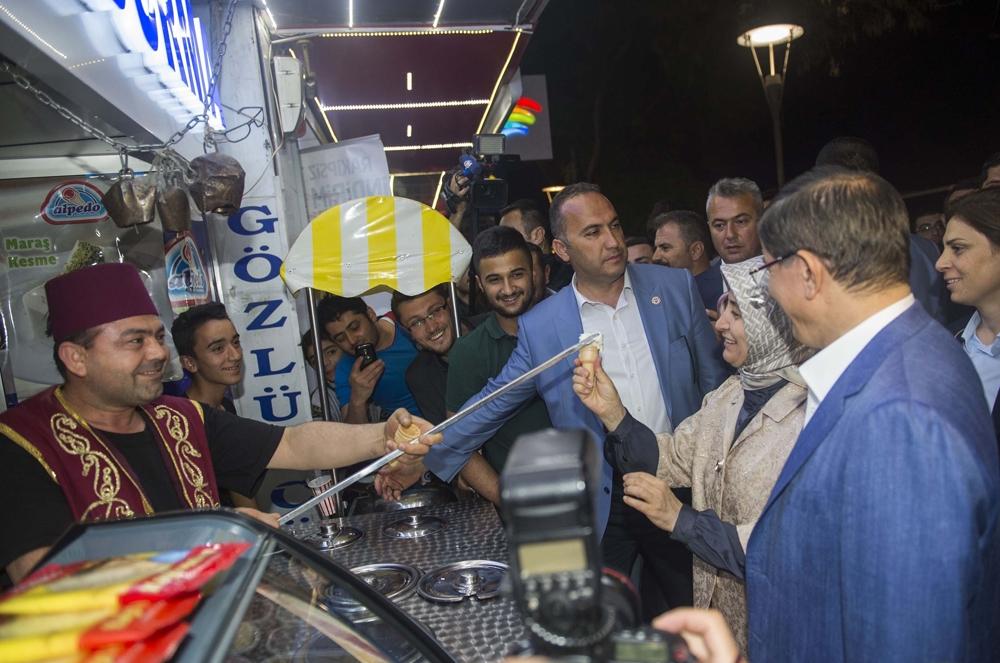 Başbakan Davutoğlu Konya Zafer'de yürüyüşe çıktı 8