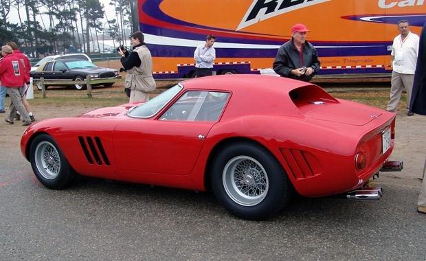 Rekor fiyata satılan Ferrari'ler 18