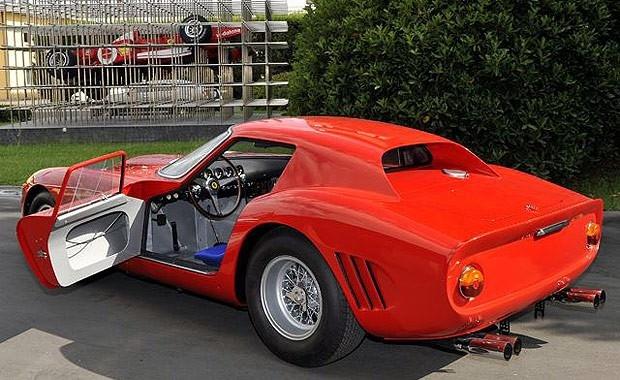 Rekor fiyata satılan Ferrari'ler 23