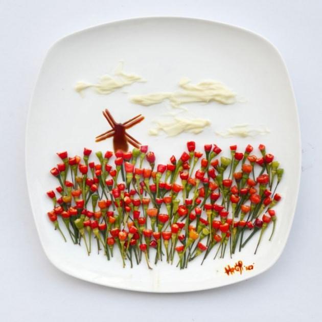 En renkli yemek tabakları 1