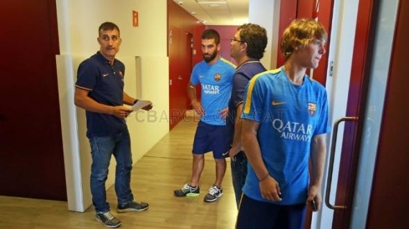 Arda Turan Barcelona'da ilk antrenmanına çıktı 5