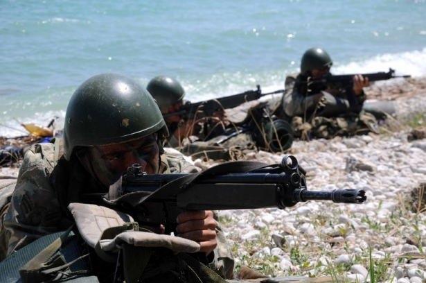 Türk komandosunun zorlu eğitimi 11