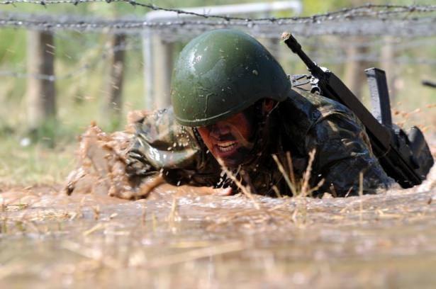 Türk komandosunun zorlu eğitimi 13