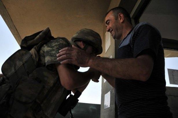 Suriye sınırındaki Mehmetçik'e bayram sürprizi 22