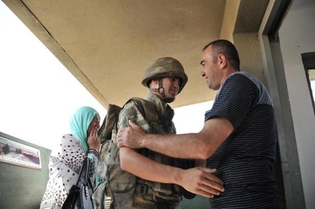 Suriye sınırındaki Mehmetçik'e bayram sürprizi 24