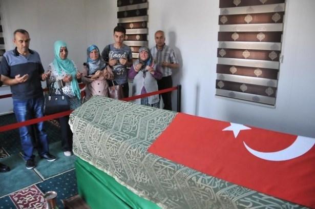 Suriye sınırındaki Mehmetçik'e bayram sürprizi 38