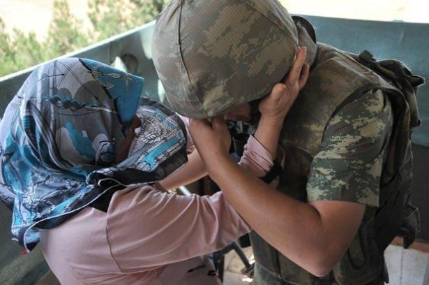Suriye sınırındaki Mehmetçik'e bayram sürprizi 5