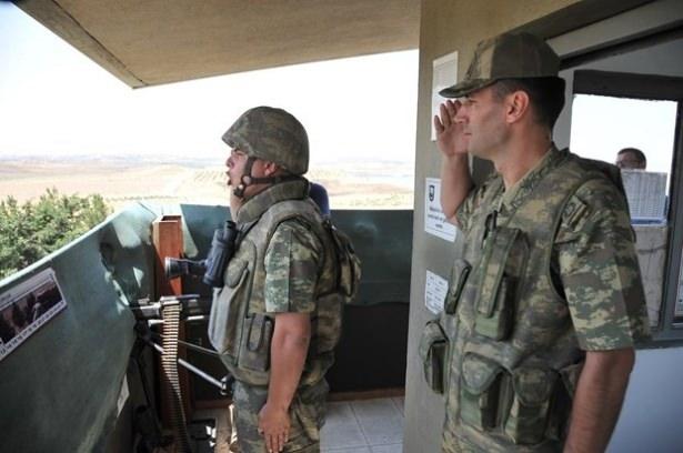 Suriye sınırındaki Mehmetçik'e bayram sürprizi 6