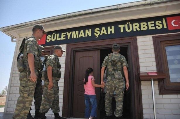 Suriye sınırındaki Mehmetçik'e bayram sürprizi 7