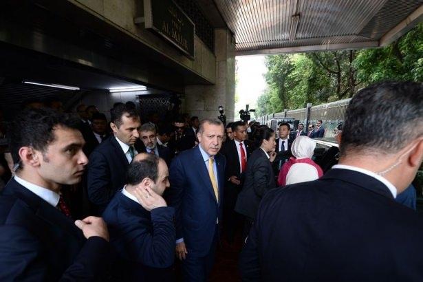 Erdoğan Endonezya'da Cuma namazı kıldı 13