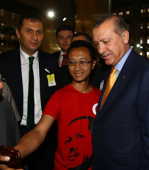 Erdoğan Endonezya'da Cuma namazı kıldı 9