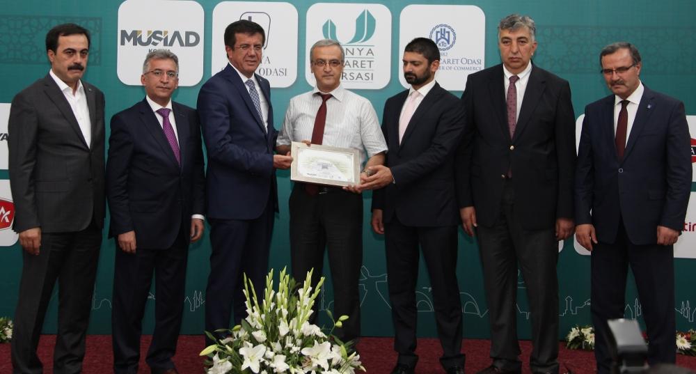 Bakan Nihat Zeybekçi'den Konyalı firmalara ödül 17