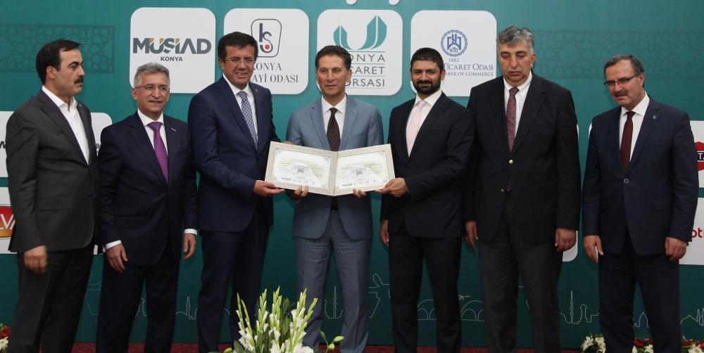 Bakan Nihat Zeybekçi'den Konyalı firmalara ödül 24