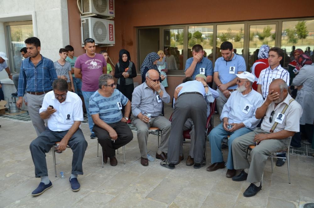 Şehit yakınlarından teröre protesto 12