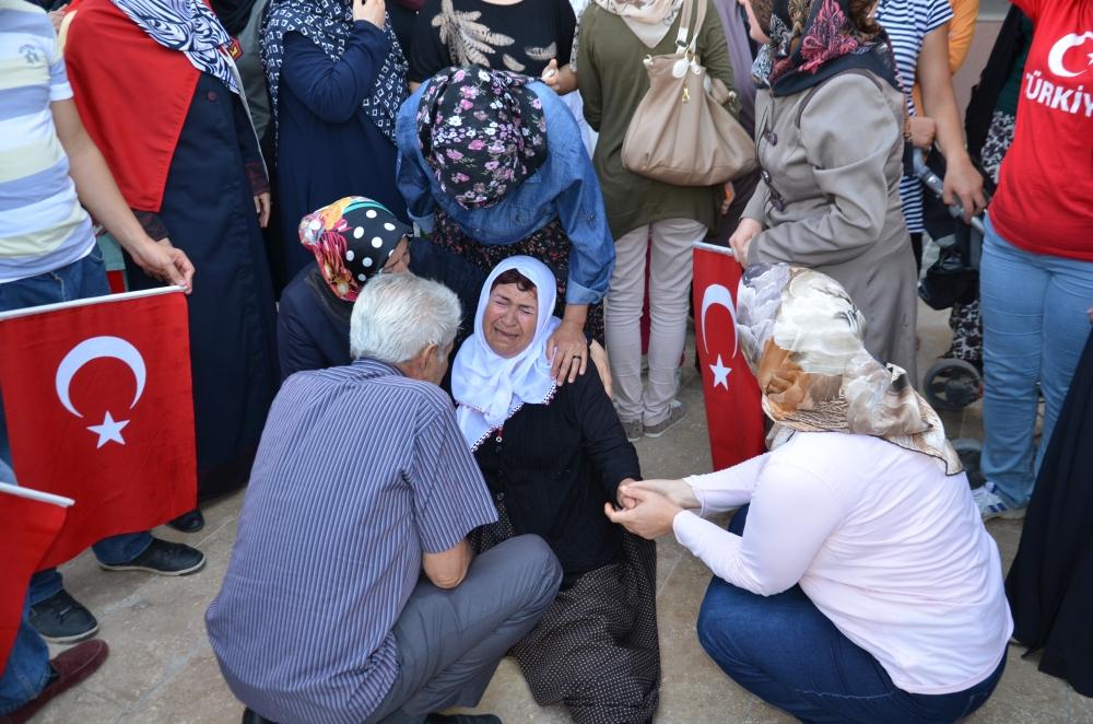 Şehit yakınlarından teröre protesto 4