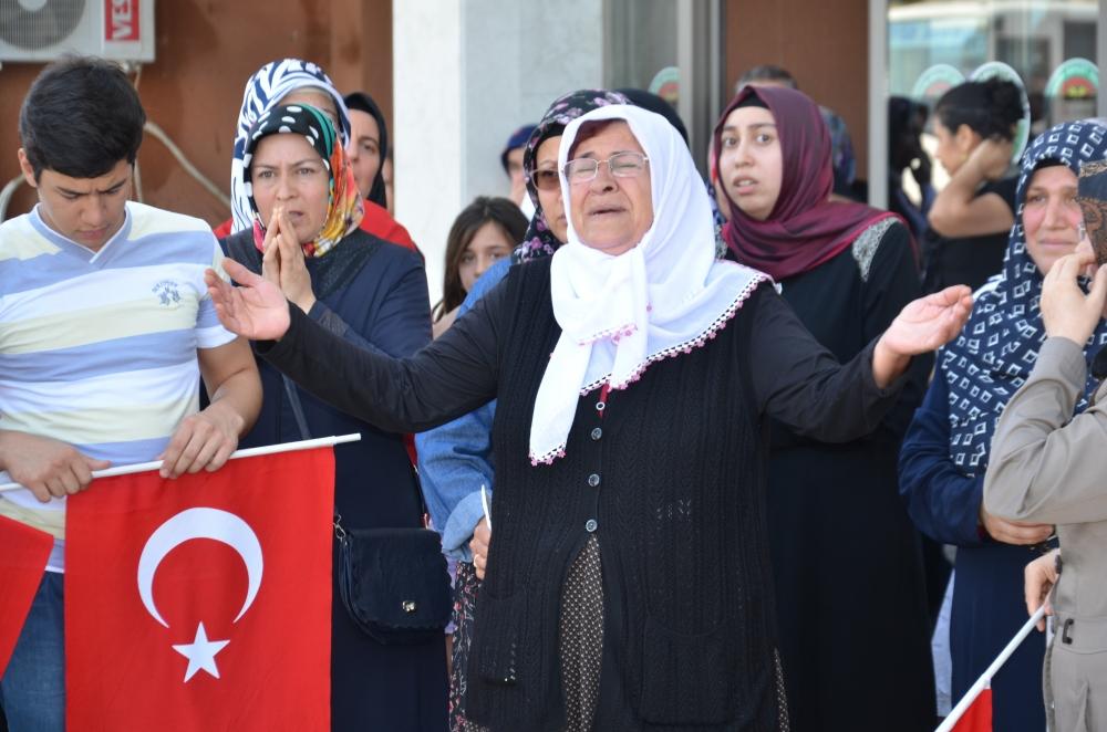 Şehit yakınlarından teröre protesto 5