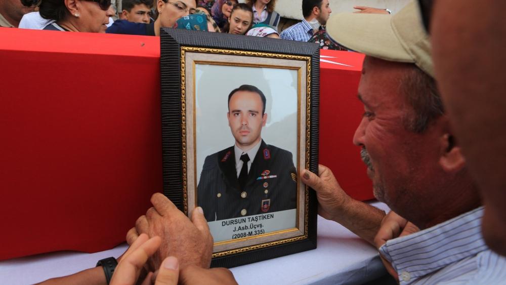 Şehit Jandarma Astsubay Üstçavuş Taştiken'e veda 4
