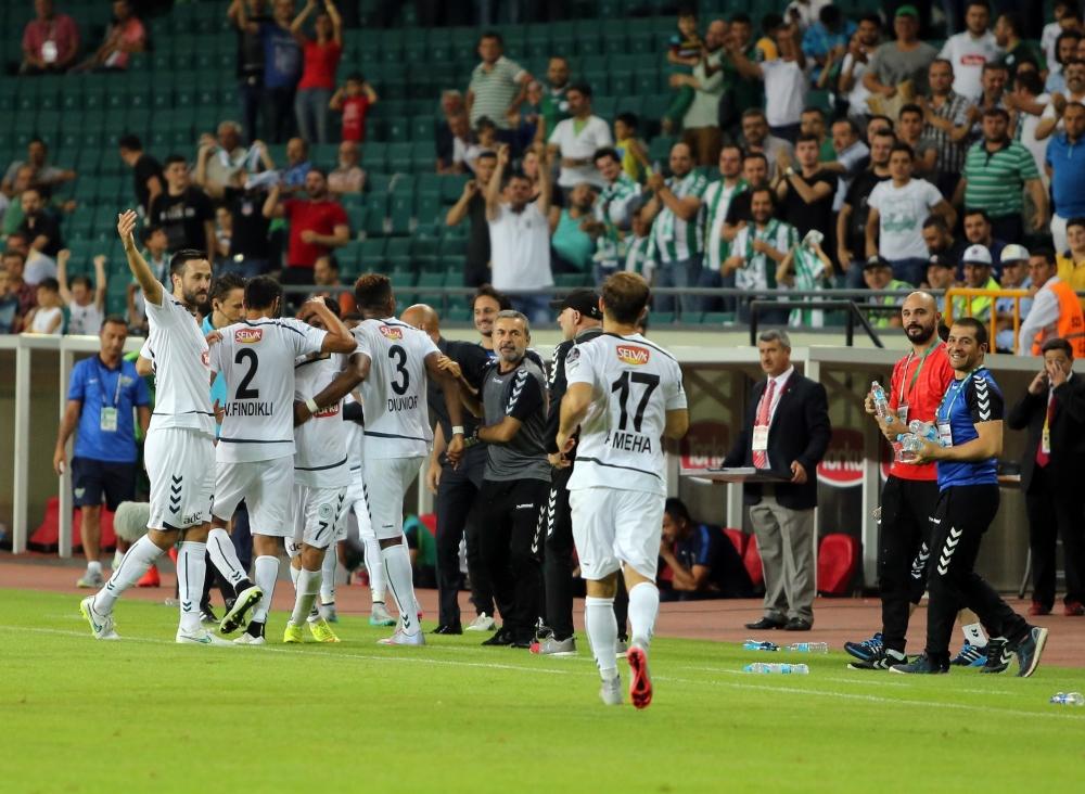 Torku Konyaspor-Akhisar Belediyespor: 1-1 23