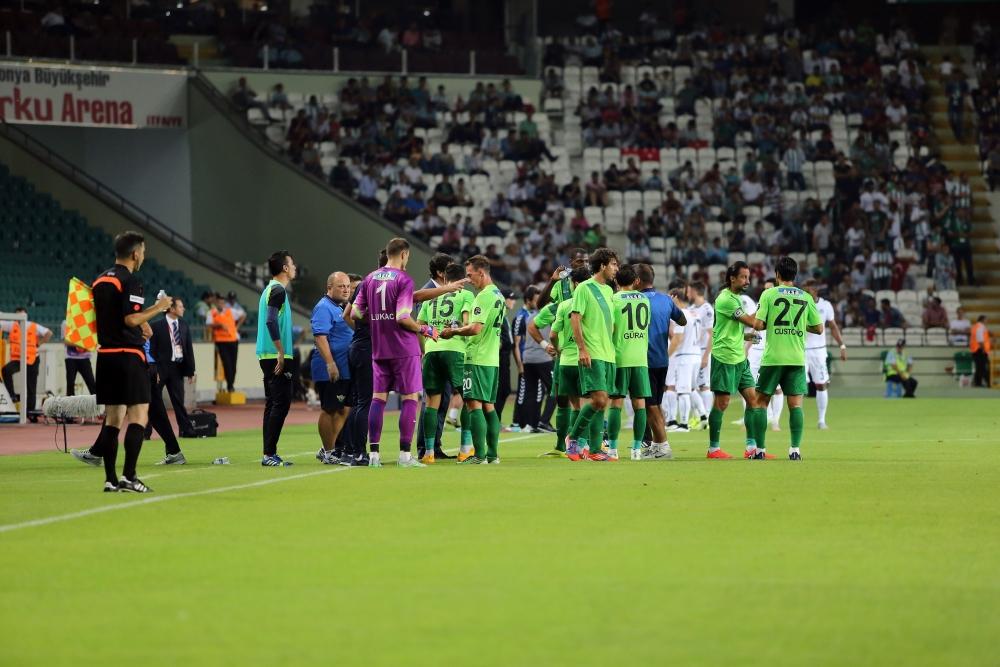 Torku Konyaspor-Akhisar Belediyespor: 1-1 26