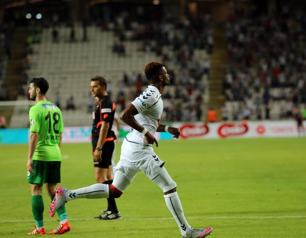 Torku Konyaspor-Akhisar Belediyespor: 1-1 27