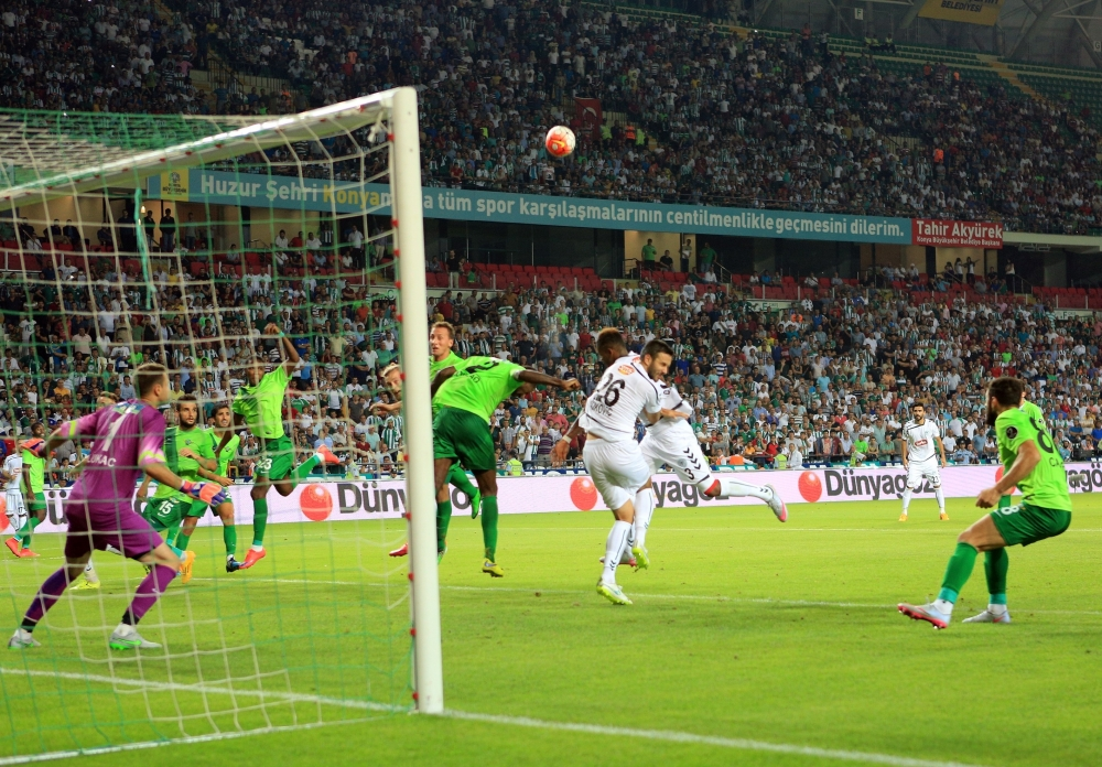 Torku Konyaspor-Akhisar Belediyespor: 1-1 29
