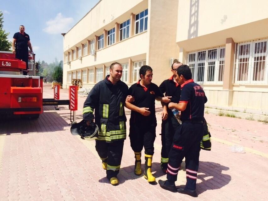 Konya'da fakülte binasında yangın 10