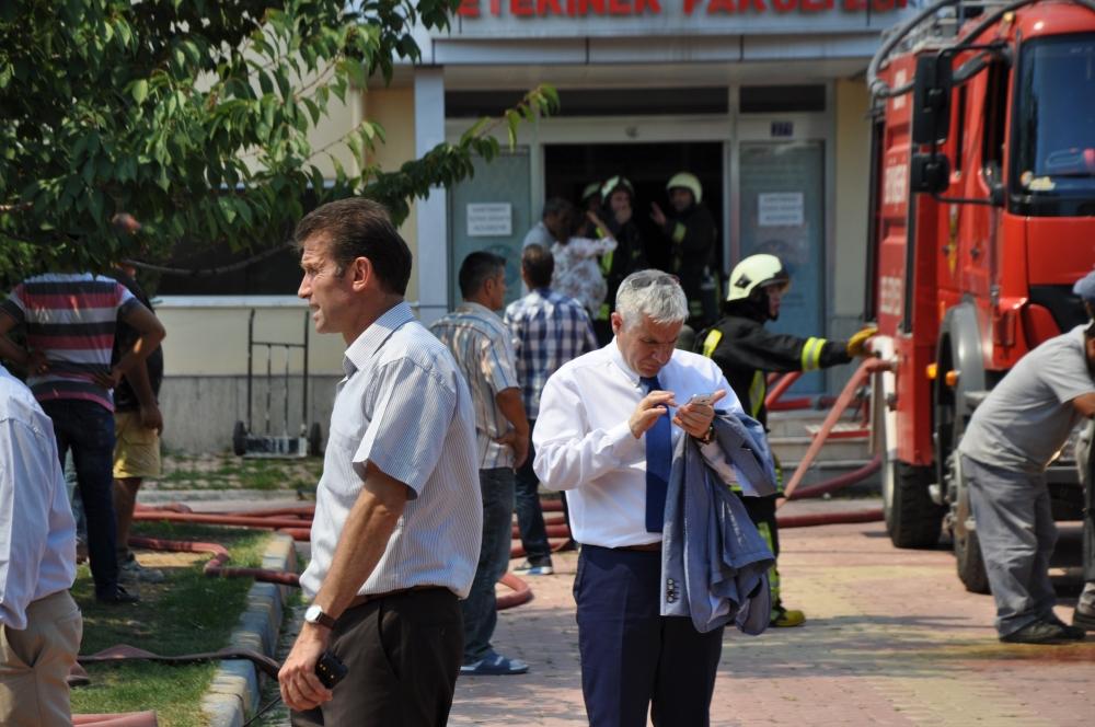 Konya'da fakülte binasında yangın 11