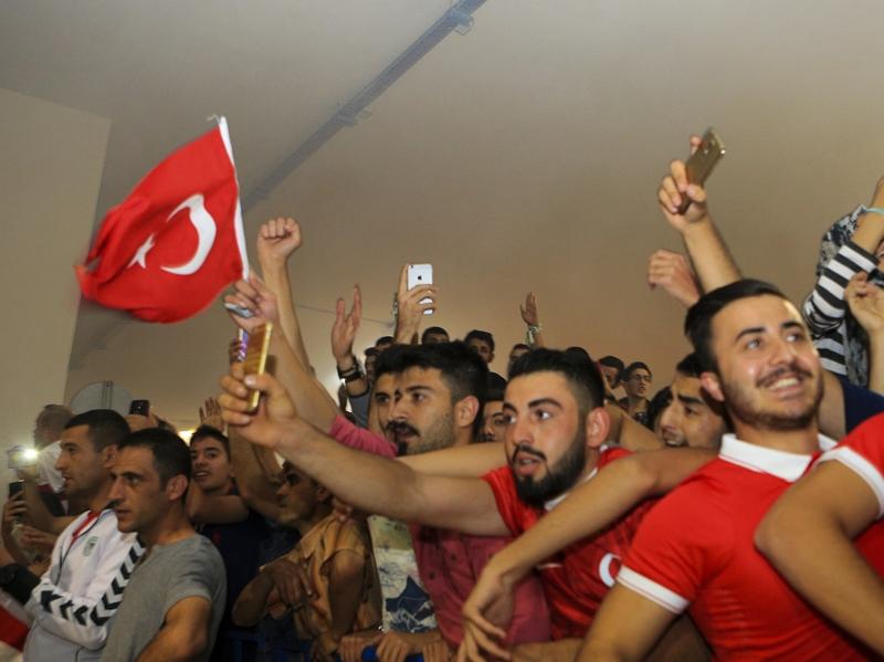 A Milli Takım'a Konya'da muhteşem karşılama! 17