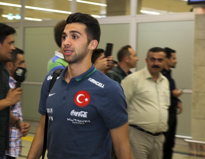 A Milli Takım'a Konya'da muhteşem karşılama! 2