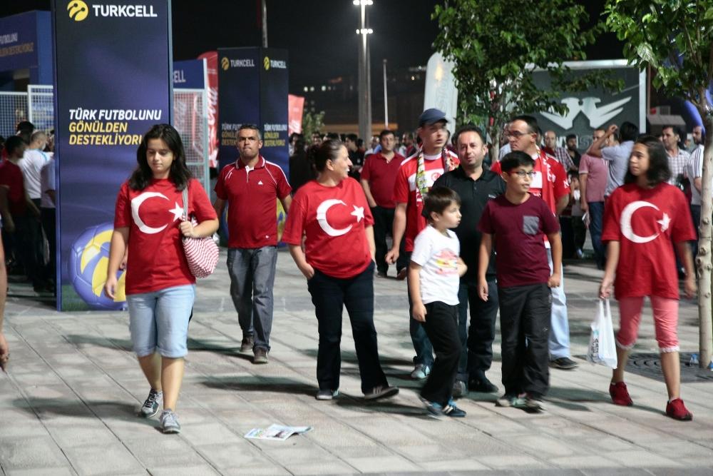Konya'dan millilere muhteşem destek 15