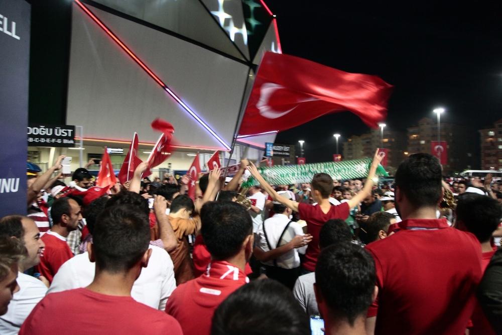 Konya'dan millilere muhteşem destek 16
