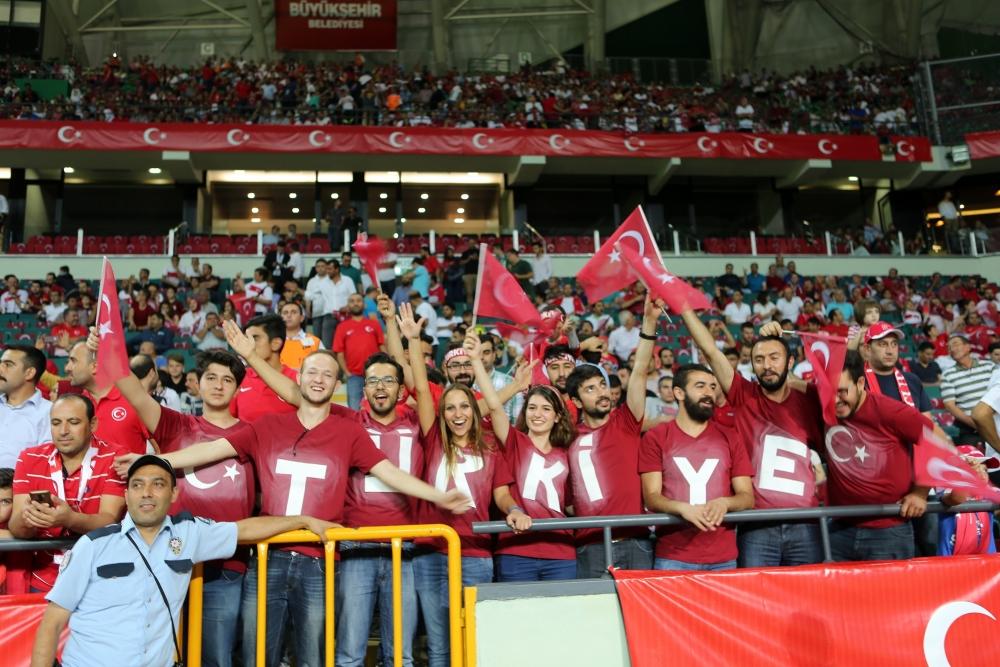 Konya'dan millilere muhteşem destek 21