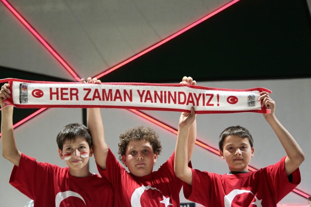 Konya'dan millilere muhteşem destek 22
