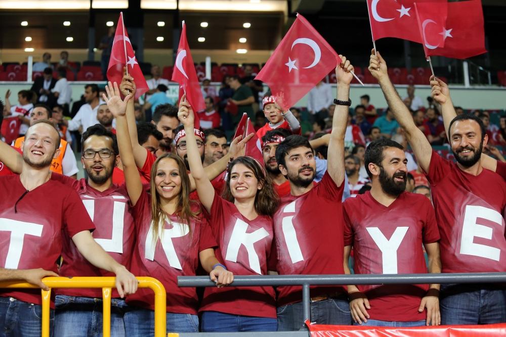 Konya'dan millilere muhteşem destek 31