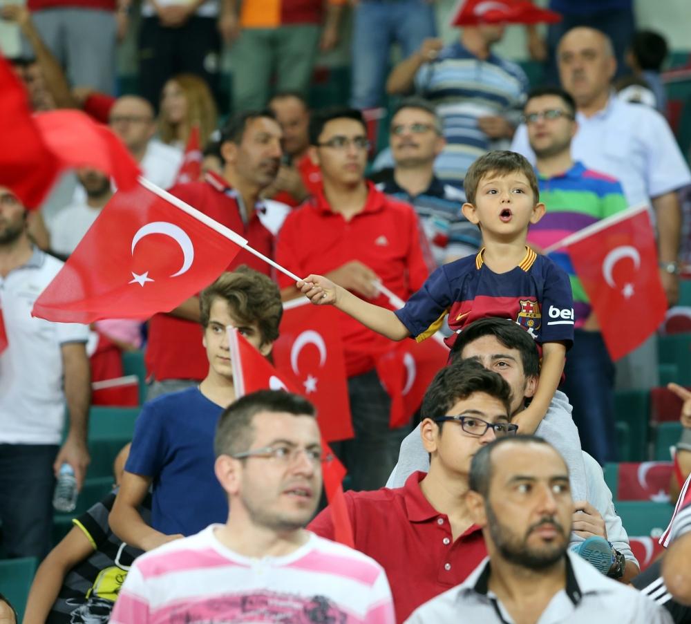 Konya'dan millilere muhteşem destek 37